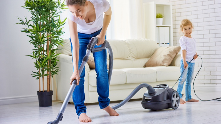 10 Vacuum Cleaning Tips for Your Floors