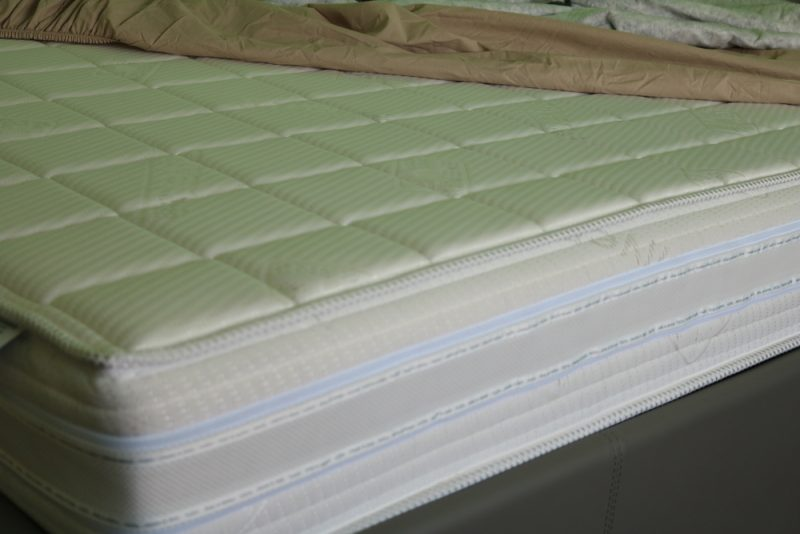 how to clean your memory foam mattress. Black Bedroom Furniture Sets. Home Design Ideas