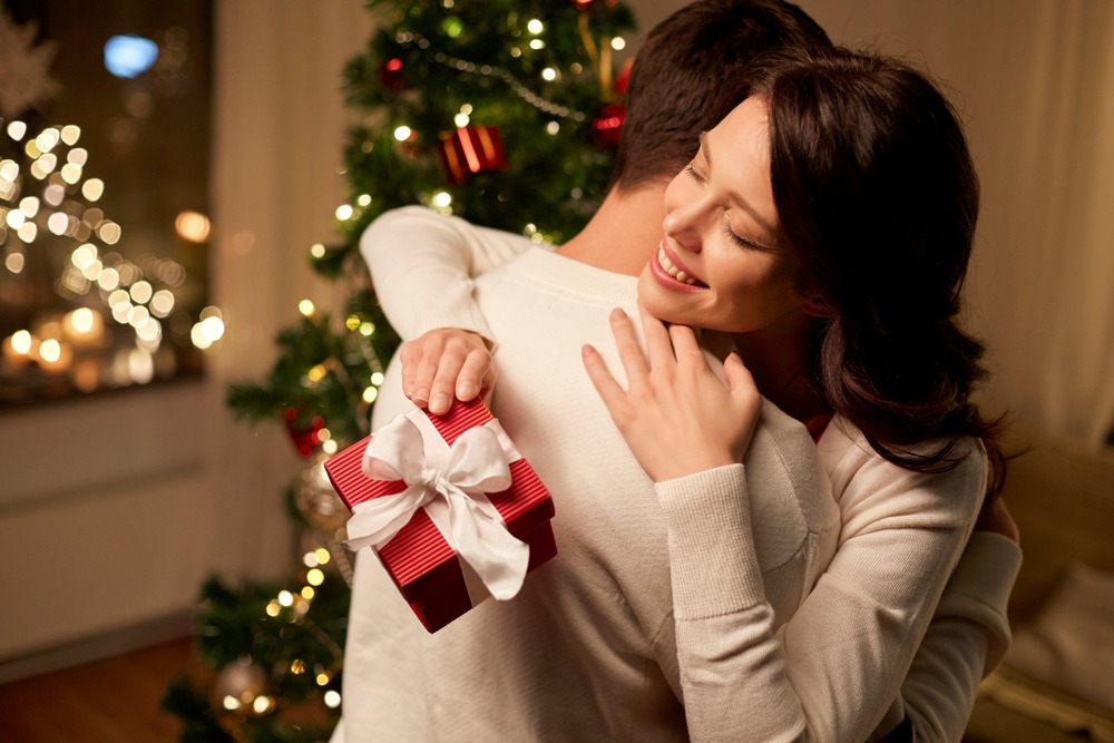 20 Best Gift Ideas For Your Wife This Christmas